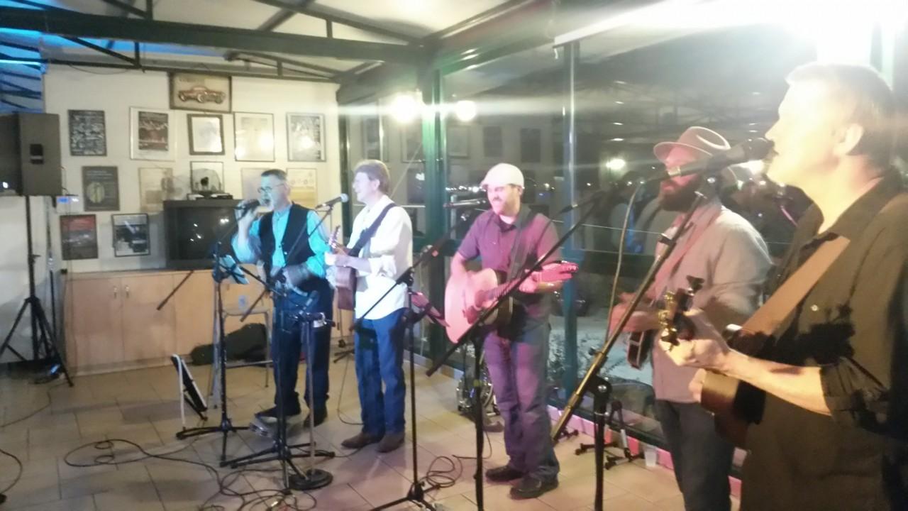 Συναυλία country μουσικής με το συγκρότημα Southern Cross από τη Φλόριντα των Η.Π.Α.